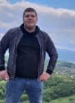 Elmedin, 25  , Sarajevo