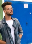 Mustafa, 23, Istanbul