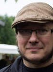 Hervé, 42  , Turin