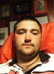 Roman, 26  , Kamenolomni