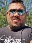 Lyubo, 37  , Detmold