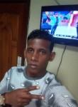 Moro , 28  , Paramaribo