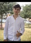 Andrei, 19  , Chisinau