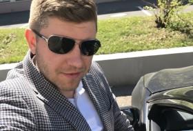 Maksim, 37 - Just Me
