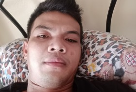 larjun, 27 - Just Me