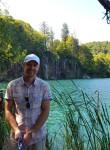 Denis, 40  , Bratislava