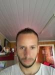 Adriano, 29  , Santa Cecilia