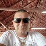 Alex, 48  , Moron