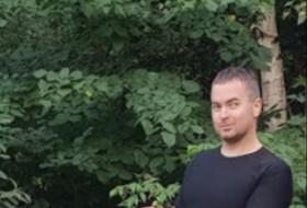 Dmitriy, 35 - Just Me