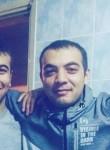 Farrukh, 31, Istanbul