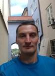 Konstantin, 33, Lozova
