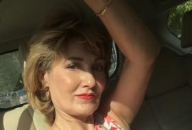 Elena, 48 - Just Me