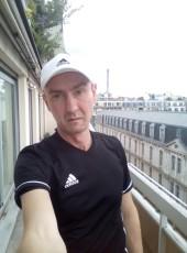 Roman, 38, France, Clichy-sous-Bois