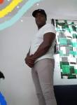 Yosvany , 37  , Cancun