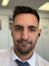 Benji, 33, France, Dijon