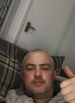 Tommy, 43  , London