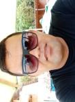Gustavo, 37  , Solanea