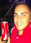 Giuseppe, 27  , Barletta