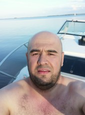 Oybek, 39, Russia, Moscow