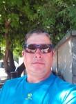 Pedro, 38  , Nimes