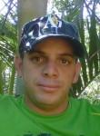 Humberto, 30  , Santiago de los Caballeros