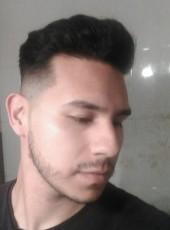 Juanma, 26, Spain, Sevilla