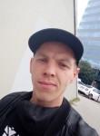 Nitto, 30  , Budapest