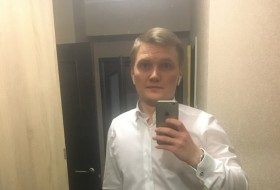 Maksim, 28 - Just Me