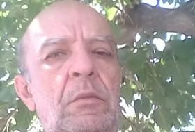 Tsolak, 62 - Just Me