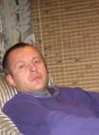 Valeriy, 18  , Lamballe