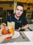 Sergey, 22  , Kiev