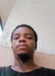 Alexandre, 21  , Yaounde