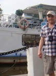 Andrey, 71  , Bishkek