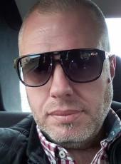 Gaz, 42, Albania, Tirana