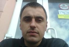 Dima22, 38 - Just Me