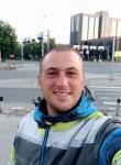 Benjamin53, 28  , Skopje