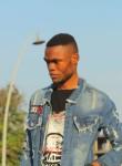 Hassan, 24  , Pointe-Noire