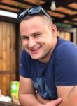 Denis Vasilev, 34  , Almetevsk