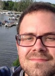 Josh, 32, Indianapolis