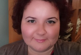 Anna, 39 - Just Me