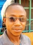 Abdoulaye, 18  , Ouagadougou