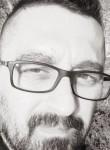 Ludovic, 44  , Saint-Amand-Montrond