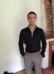 Valentin, 24  , Andresy