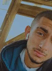 Gili Dembele , 19, Israel, Arad