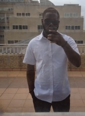 tavson pee, 25, Nigeria, Abuja