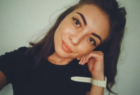 ⠀ ⠀ ⠀ Anyaya, 25 - Just Me