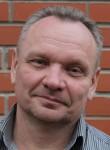 Sergey, 54, Slantsy