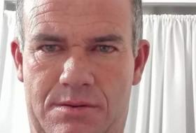 Lui, 50 - Just Me