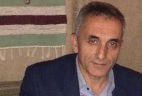 Arshak, 45 - Just Me