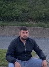 Kurdi, 28, Germany, Koeln